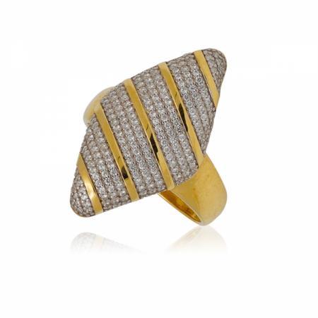 Златен комплект обеци и пръстен - уникат 1,103.76 лв.