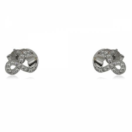 Малка панделка на гривна с червен конец