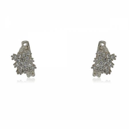 Сребърно делфинче на гривна с червен конец