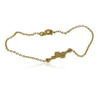 Буква Л в сърце на гривна с червен конец